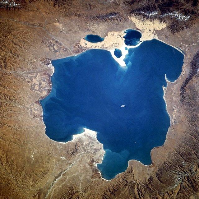 Qinghai_lake.jpg